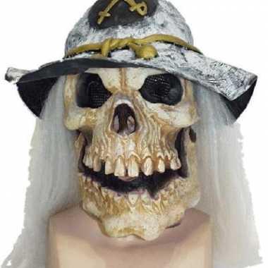 Eng masker van een doodshoofd
