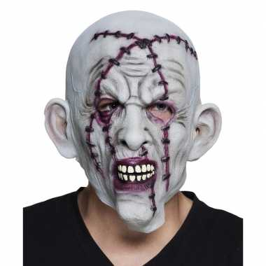 Halloween - grijs horror halloween masker met nietjes van latex