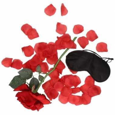 Valentijnscadeau verassingspakket zwart masker